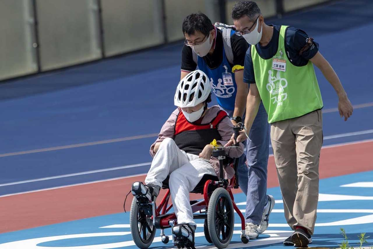 タンデム自転車NONちゃん倶楽部COGY-足漕ぎ車椅子